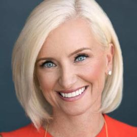 Carolyn Everson Headshot