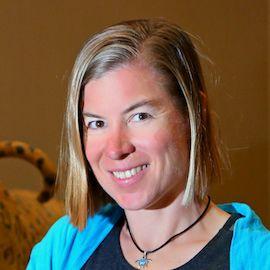 Christie Aschwanden Headshot