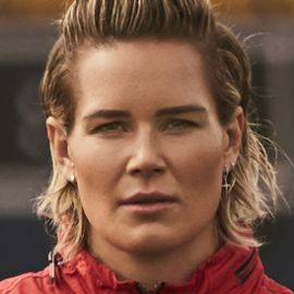 Ashlyn Harris Headshot