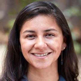 MarisaViana Headshot