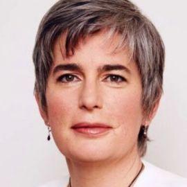 Catherine Mohr Headshot