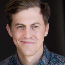 Alex Moffat Headshot