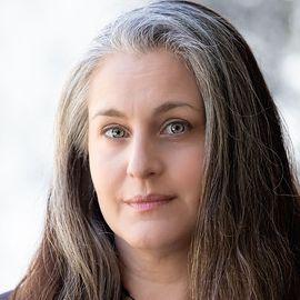 Debbie Levitt Headshot