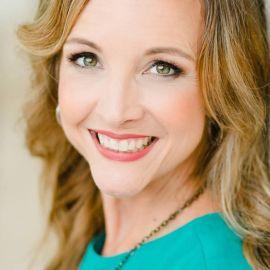 Carrie Wilkerson Headshot