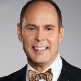 Ernie Johnson Headshot