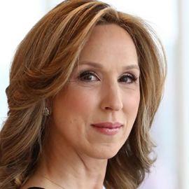 Carol Massar Headshot