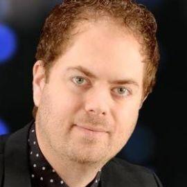 Scott MacIntyre Headshot