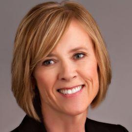 Kate Kinsella Headshot