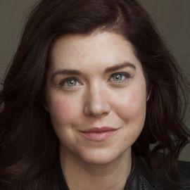 Christina Wallace Headshot