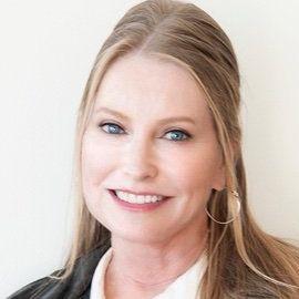 Lisa Niemi Swayze Headshot