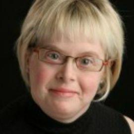 Karen Gaffney Headshot