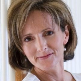 Kathleen Koch Headshot