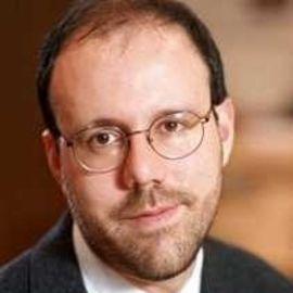Michael Kremer Headshot