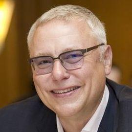 Zdeněk Bakala Headshot