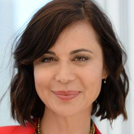 Catherine Bell Headshot