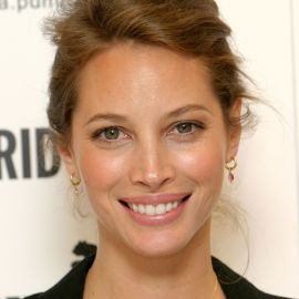 Christy Turlington Burns Headshot