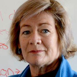 Janet Hoek Headshot