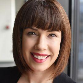 Rebecca Anne Nguyen Headshot