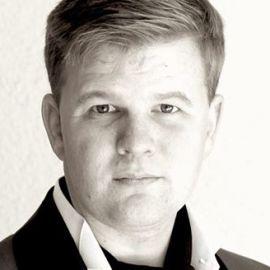 Bruno Bowden Headshot