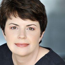 Ann Batenburg Headshot