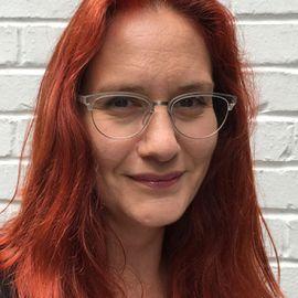 Dr. Victoria Baines Headshot