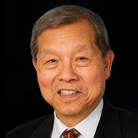 Yukon Huang Headshot
