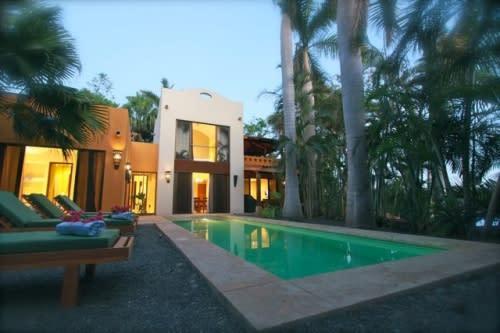 Private Villa For 8