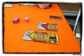 exemple de tuiles du jeu les 3 petits cochons