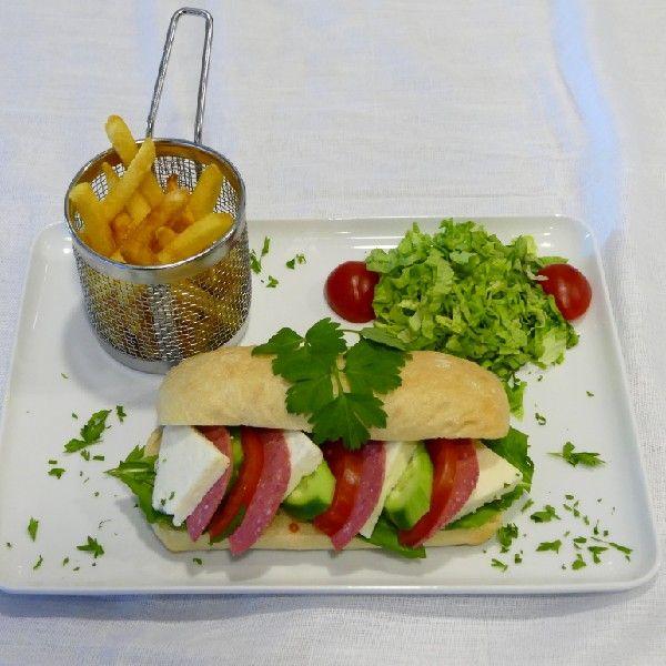 53. Beyaz Peynirli Sandviç