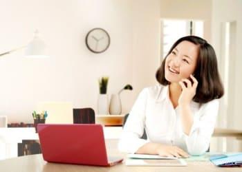 ILUSTRASI. Saat ini, hanya 38% pekerja di Indonesia yang masih merasa bahagia. Foto: DOK Shutterstock
