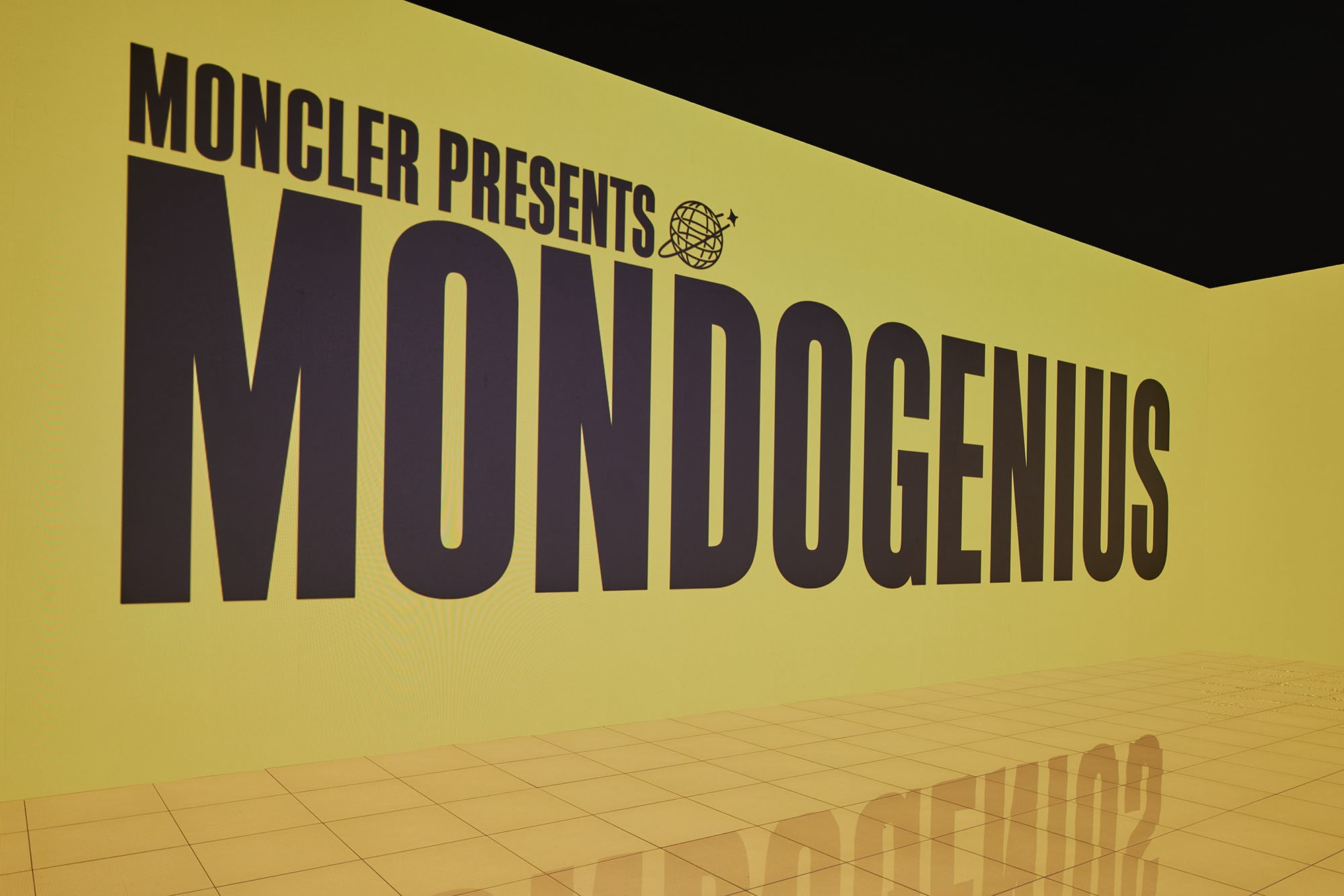 Moncler_Genius_2021_EEA_Installation_without_models_03