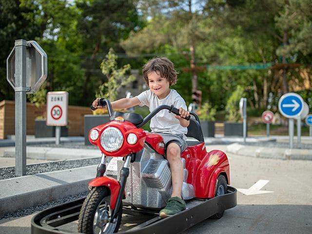 בית ספר נהיגה לילדים בסנטר פארקס
