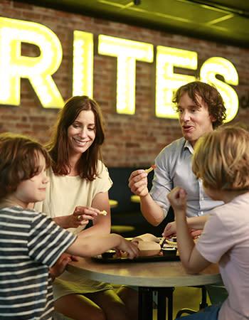 מסעדה בכפרי הנופש הולנד ובלגיה Frites Affairs