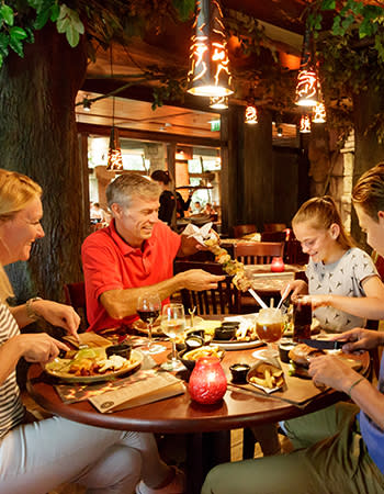 מסעדה בכפרי הנופש הולנד ובלגיה Fuego Adventure Grill.jpg