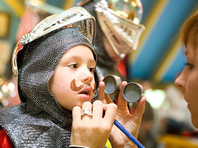 רוצה להיות אביר בסנטר פארקס.jpg