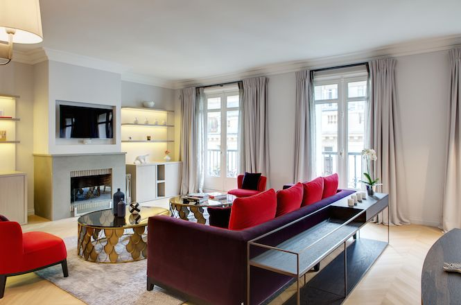 Bourgeois Luxury Apartment