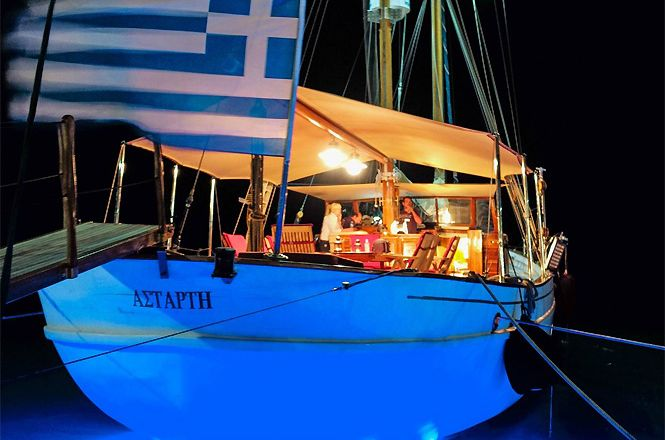 Greece Goelet Boat