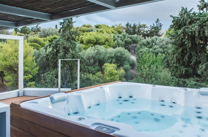 Acropolis Jacuzzi Apartment