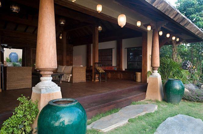 Luxury Oceanfront Villa