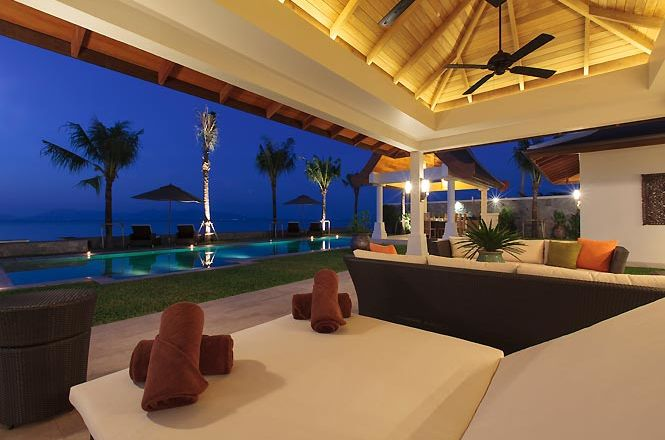 Beachfront Exclusive Villa