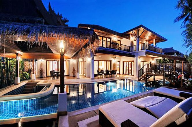 Stunning Beach Resort Villa