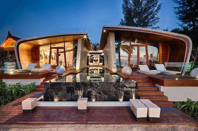 Exclusive Oceanfront Villa