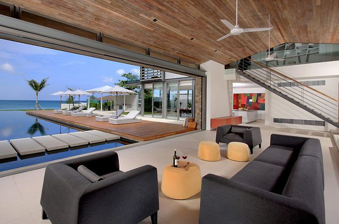 Oceanfront Contemporary Villa