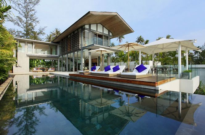 Private Contemporary Villa