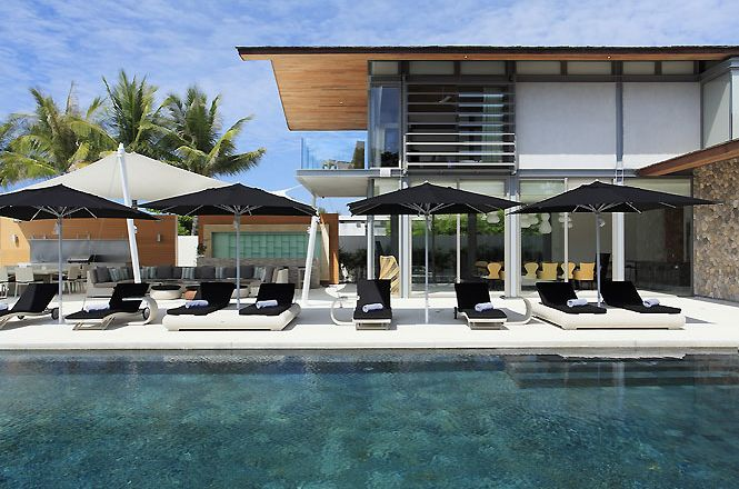 Stylish Contemporary Villa