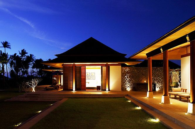 Splendid Beachfront Villa