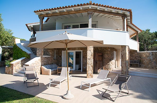 San Teodoro Beach Villa