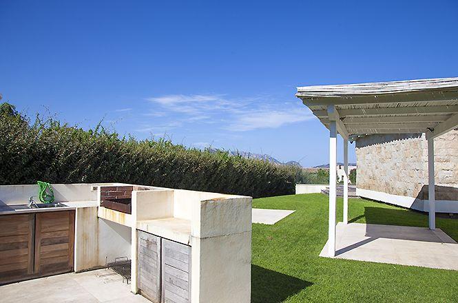 Puntaldia White Villa