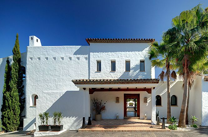 Puerto Banus Modern Villa