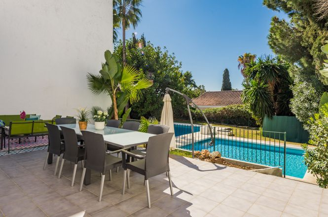 Puerto Banus Cozy Villa
